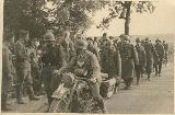 94k WW2 photo of early BMW-R12 Wehrmacht, French(?) soldiers