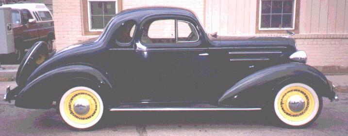 Oldtimer gallery cars 1935 chevrolet for 1935 chevy 5 window coupe