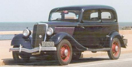 Oldtimer Gallery Cars 1934 Ford V8 40a