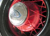 38k photo of 1935 Ford DeLuxe convertible sedan, wheel