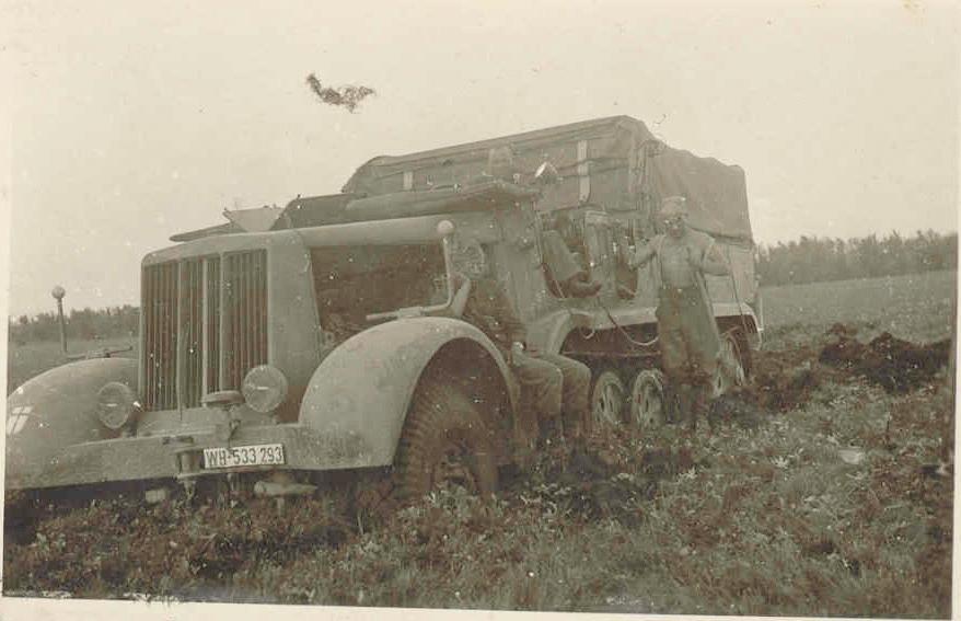 Oldtimer Gallery Trucks Famo F3