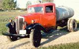 26k photo of 1935 International C30 tank truck