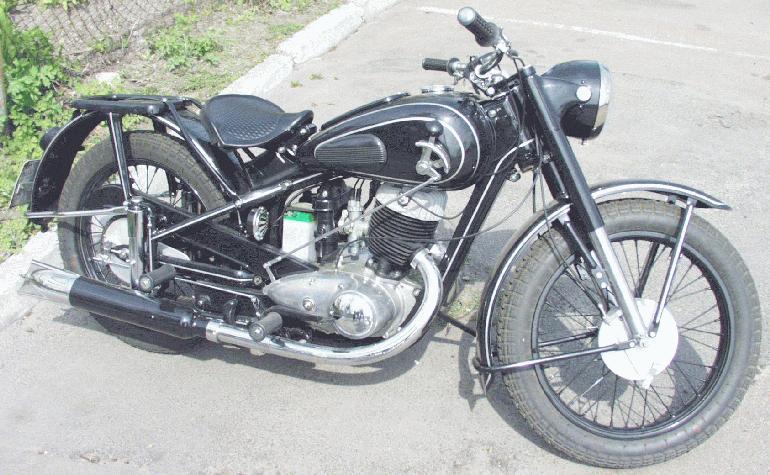 Клуб любителей мотоциклов в Ермиши!