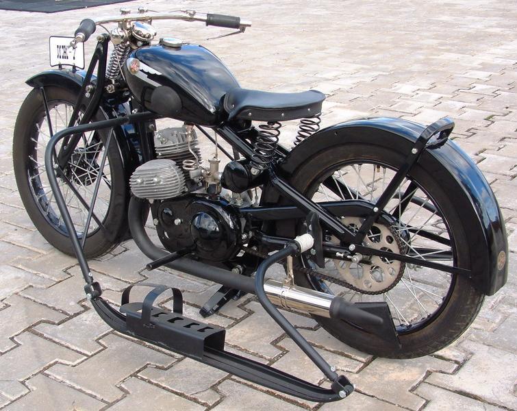 Картинки по запросу мотоцикл иж 7