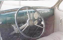 1937 Lincoln Zephyr coupe, dashboard