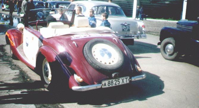Fia Glaeser Igorguzienko on Fiat 1100 Tyres