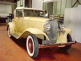 Oldtimer gallery cars 1932 pontiac for 1932 oldsmobile 4 door