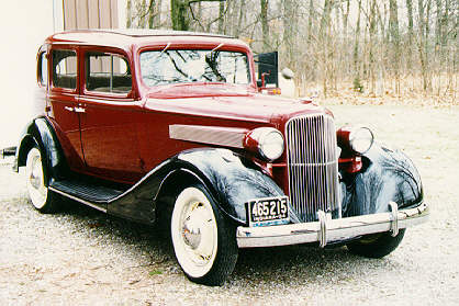 Oldtimer gallery cars pontiac for 1933 pontiac 4 door sedan