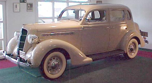 Antique Auto Trader >> Oldtimer gallery. Cars. 1935 Plymouth PJ.