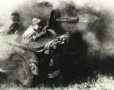 77k wartime photo of Willys