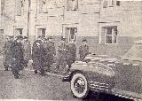 66k photo, 28 IV 1947, Stalin inspects new Soviet automobiles