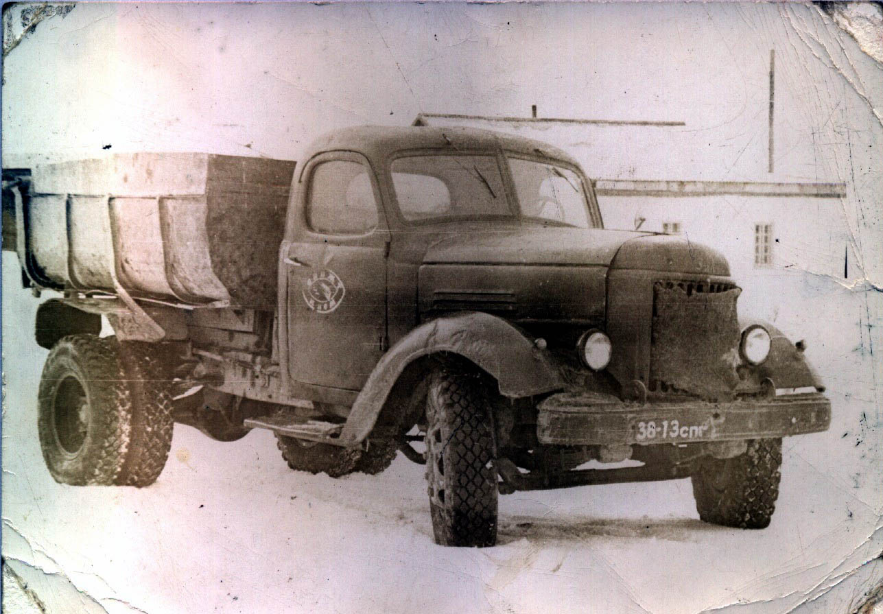 Oldtimer Gallery Trucks 1932 1945 Ussr Makes Till 1967 1951 Chevrolet Dump Truck Moskvich 1949 Now Nami 1946 On Moskva 31k Photo Nati 1935 54k From Oldmosru Niigt 1937 1939 Paz